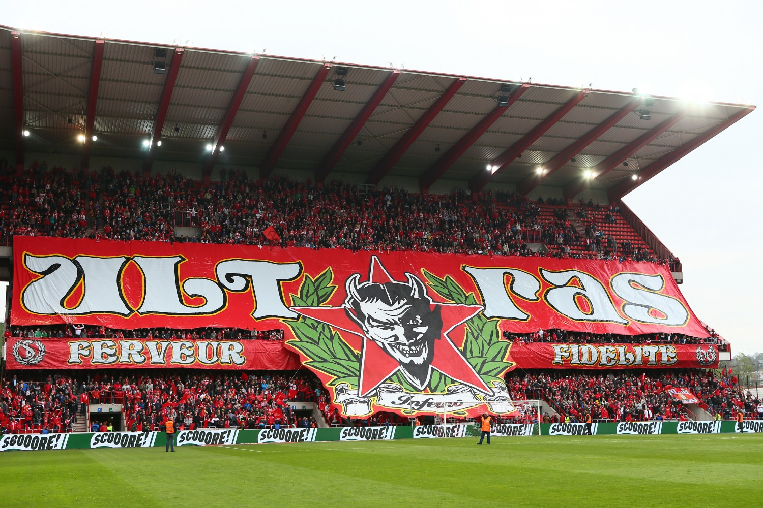 119-rscl-zulte-waregem-po1-e1391001231771 Planning a Football Trip to Liege